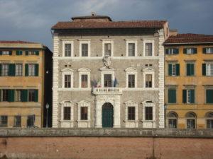 Pisa-Palazzo_alla_Giornata-facciata